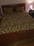 Ένα διπλό κρεβάτι με στρώμα iKEA MALFORS ( με10 χρόνια εγγύη