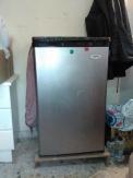 Καινούργιο μικρό ψυγείο